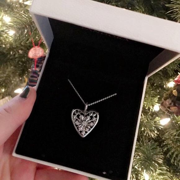 """e022bc3db0fa3 Pandora """"Heart of Winter"""" necklace"""